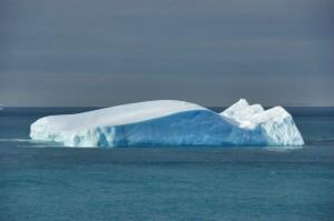 Bizarre ideas - moving an iceberg - SXC Image No. 1001938