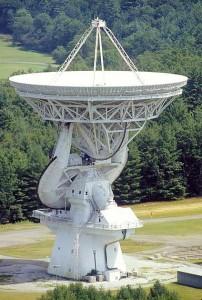 The 140′ Radio Telescope at Green Bank, WV. Image NRAO