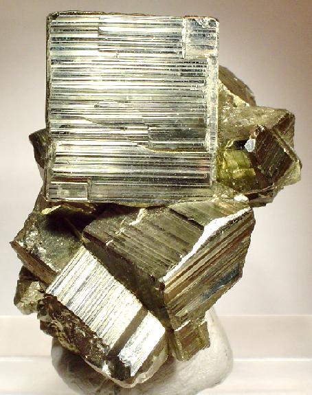 Peruvian Striated Pyrite - Rob Lavinsky iRocks.com CCSA3.0